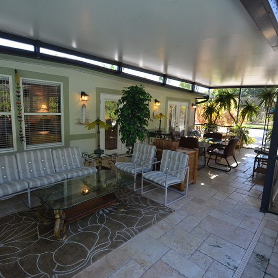 CSE Properties - Crystal Palms Outdoor Seating Area