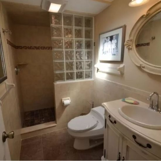 CSE Properties - Crystal Palms Bathroom 2