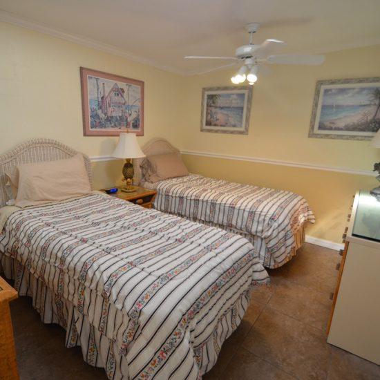 CSE Properties - Crystal Palms Double Twin Beds Bedroom