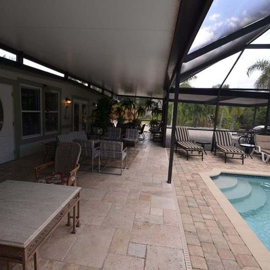CSE Properties - Crystal Palms Covered Lanai and Pool