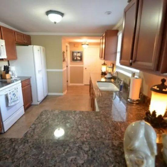 CSE Properties - Crystal Palms Kitchen