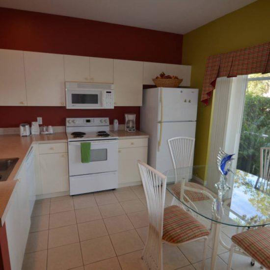 Easy Getaway Kitchen | CSE Properties, Naples, FL