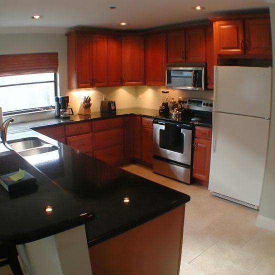 CSE Properties - Living In Paradise Kitchen