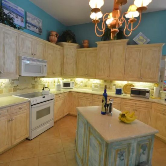 CSE Properties - Natalya's Tropical Estate Paradise Kitchen Island