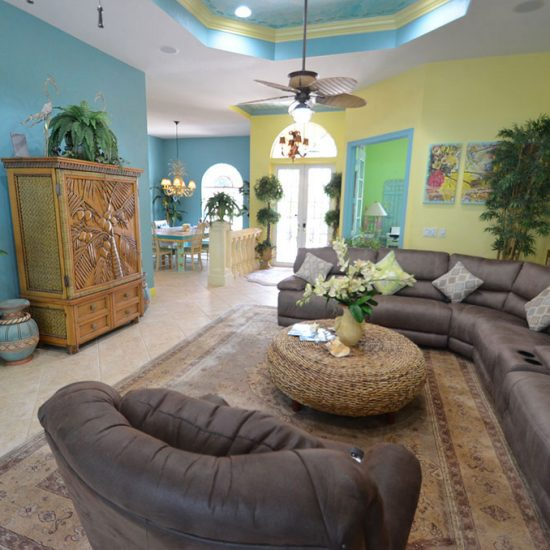 CSE Properties - Natalya's Tropical Estate Paradise Living Room