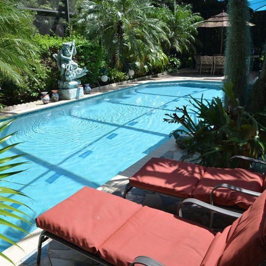 CSE Properties - Natalya's Tropical Estate Paradise Pool Lounges