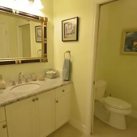 Palm Breeze Vacation Home Rentals Naples FL CSE Properties LLC - Bathroom fixtures naples fl