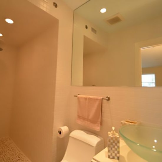 The Pelican Nest Vacation Home Rentals Naples FL CSE Properties LLC - Bathroom fixtures naples fl
