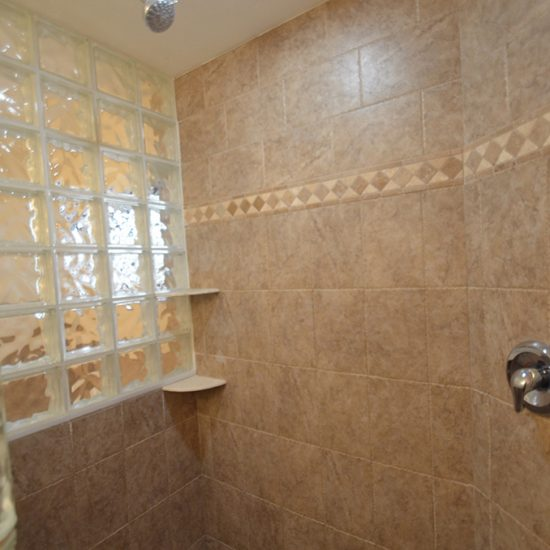 Rainbow's End Bathroom 2 | CSE Properties, Naples, FL