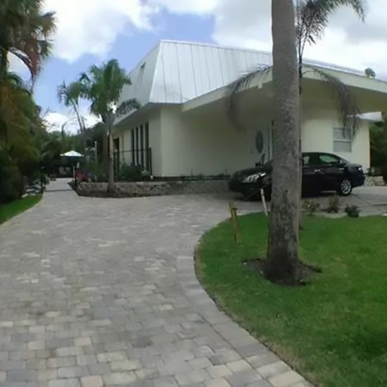 Rainbow's End Exterior | CSE Properties, Naples, FL
