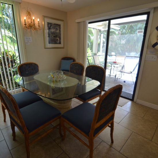 Rainbow's End Dining Area | CSE Properties, Naples, FL