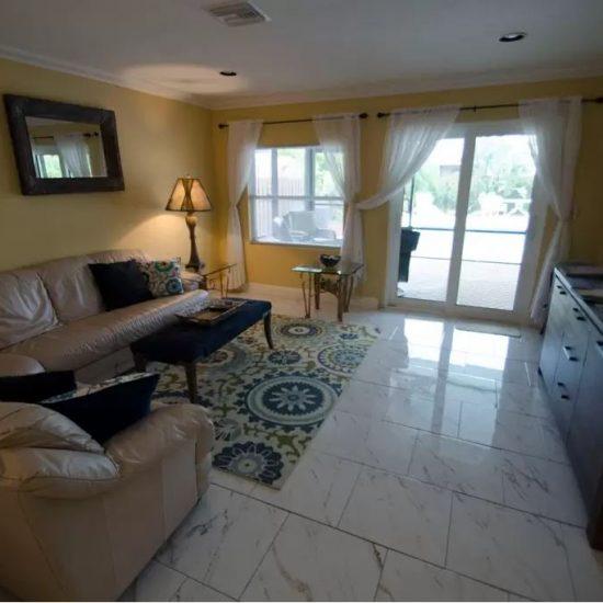CSE Properties - Sundance Living Room