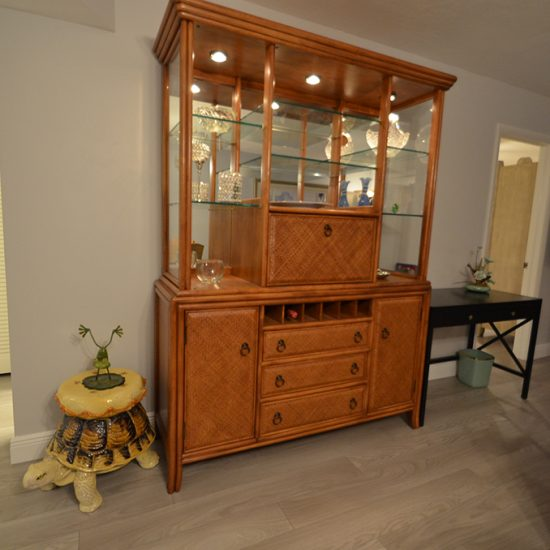 CSE Properties – Turtle Lakes Cabinet to Guest Bedroom and Bathroom