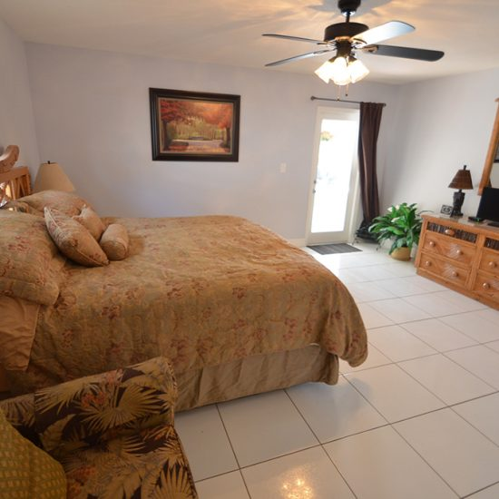 CSE Properties - Vanderbilt Vacation Villa Bedroom 2