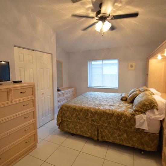 CSE Properties - Vanderbilt Vacation Villa Bedroom 1
