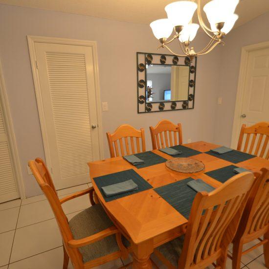 CSE Properties - Vanderbilt Vacation Villa Dining Area