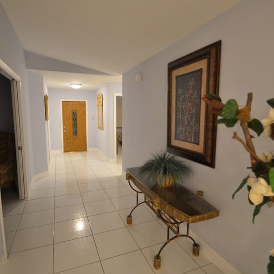 CSE Properties - Vanderbilt Vacation Villa Hallway