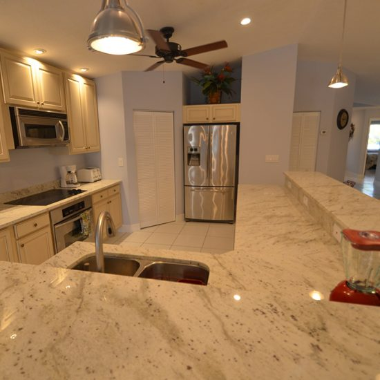 CSE Properties - Vanderbilt Vacation Villa Kitchen